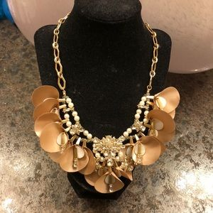 Belle Badgley Mischka flower necklace!